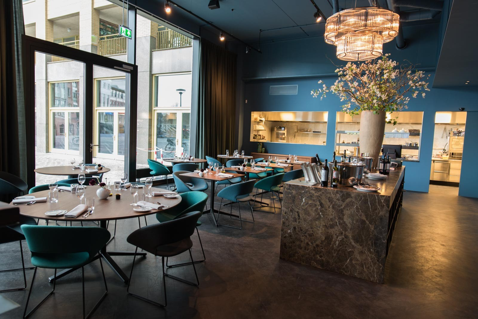 Eetkamer eetkamertafel edge : Restaurant Fitzgerald - Warner Interieur